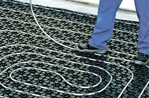Ogrzewanie podłogowe zamiast grzejników